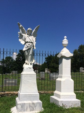 Hendersonville, NC: Stone Angel, July 2017