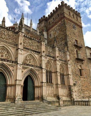 Royal Monastery of Santa Maria de Guadalupe: photo0.jpg