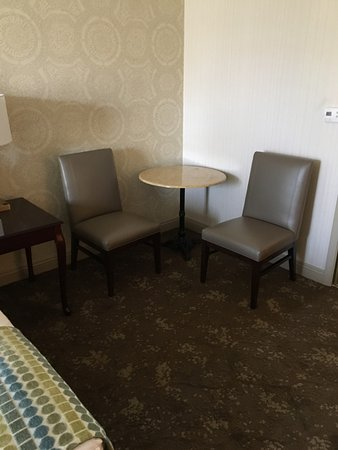 Ayres Hotel Seal Beach: Better than nothing