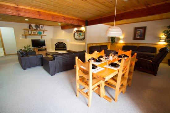 Sitzmark Lodge Image