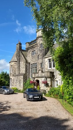 Paisley, UK: A small castle