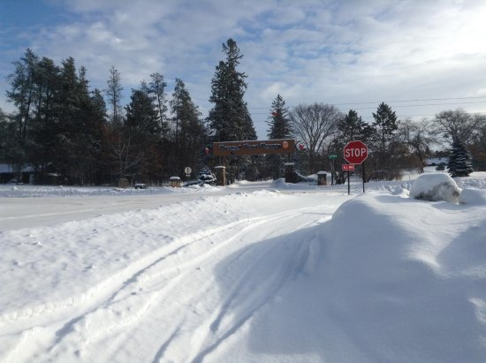Breezy Point, Minnesota: Winter wonderland; driving from unit to the main resort (Breezy Point sign is in middle of the p