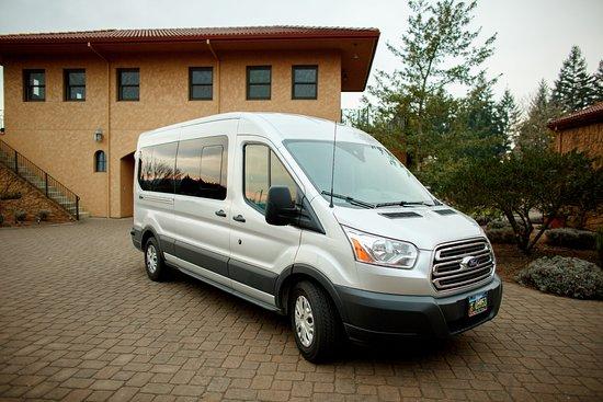 Newberg, OR: Ford Transit Van - Exterior