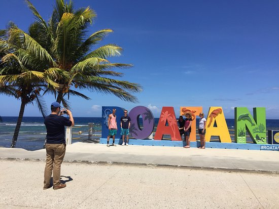 Coxen Hole, Honduras: Photo Op