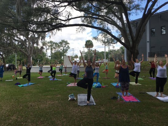 ‪Power Yoga Ocala‬