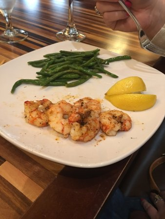Westlake, LA: Forgot to add these to my review. Quiet dinner with family