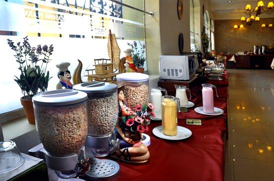 Casona Plaza Hotel : Desayuno Bufet