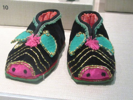 San Bruno, CA: Stepping Out Exhibit (Shoes), SFO Museum, SFO Airport
