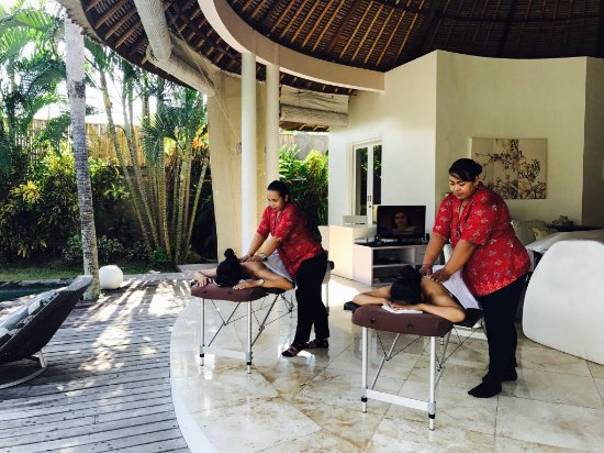 Kerobokan, Indonesien: Massage lounge room