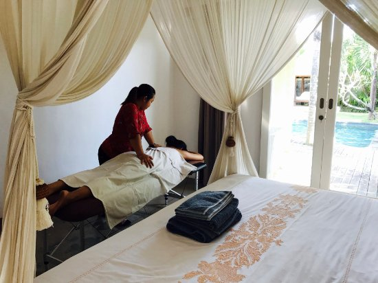 Kerobokan, Indonesien: Massage in your private bedroom