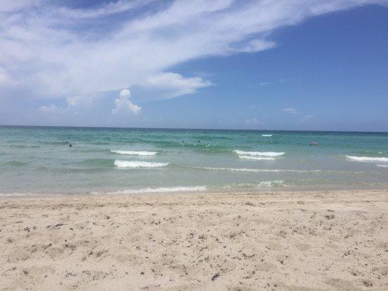 Days Hotel - Thunderbird Beach Resort: photo6.jpg