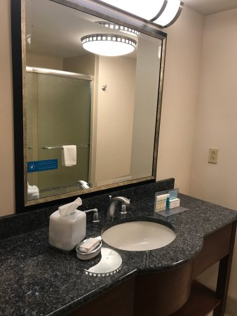Hampton Inn & Suites Hartford/Farmington: photo4.jpg