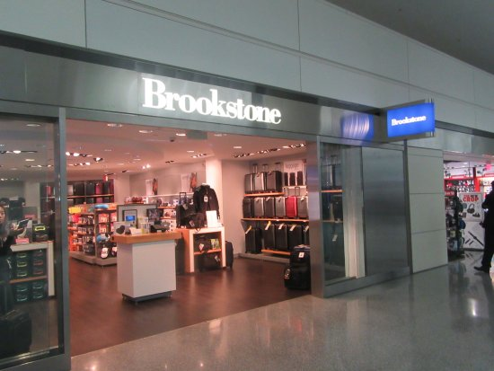 San Bruno, CA: Brookstone, SFO Airport, (Yes its open July 2017)