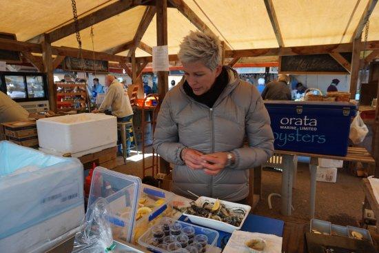 Matakana, New Zealand: Oyster stand