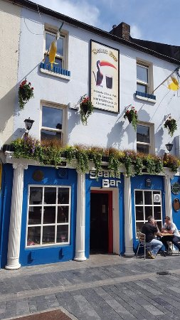 Athlone, Ιρλανδία: Front of the pub