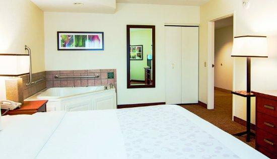 Bannockburn, إلينوي: Suite