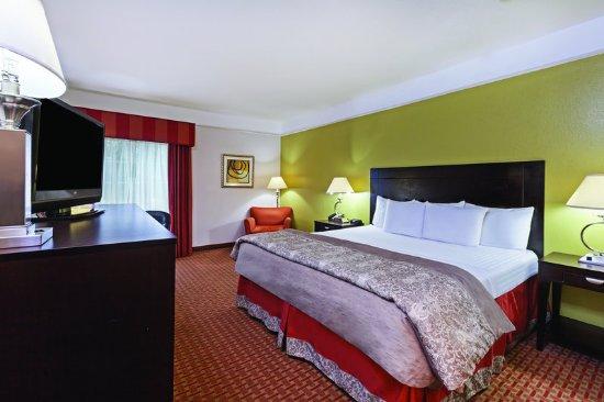 Winnie, TX: Guest Room