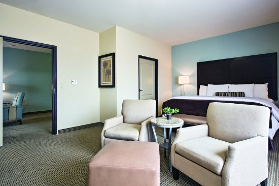 Euless, TX: Suite