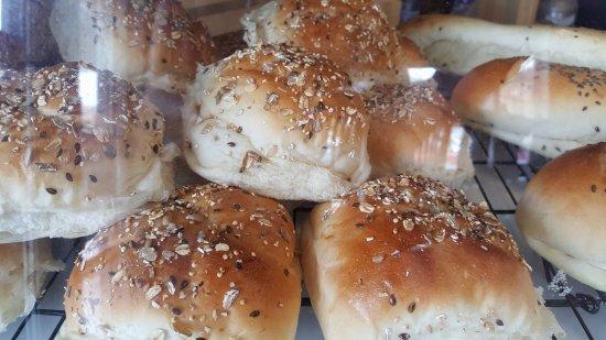 Okanagan Falls, Canadá: Freshly baked buns
