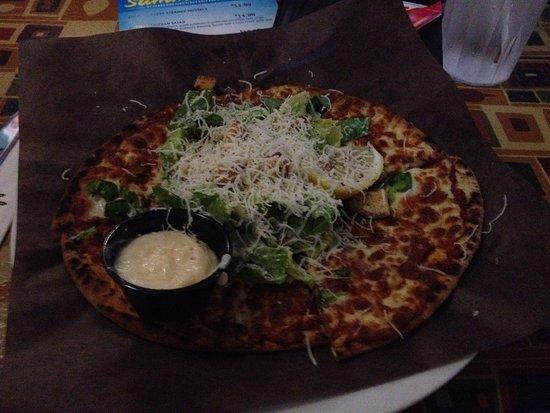 Truro, Canada: Salad and pizza combo.