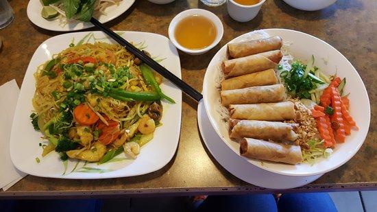Spruce Grove, Canadá: Xu Hue Restaurant
