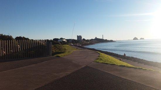 New Plymouth Coastal Walkway: 20160810_164801_large.jpg