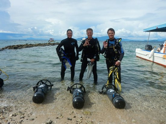 We had the cool and fun experience of trying the Diver Propulsion Vehicle (DPV) at Action Divers
