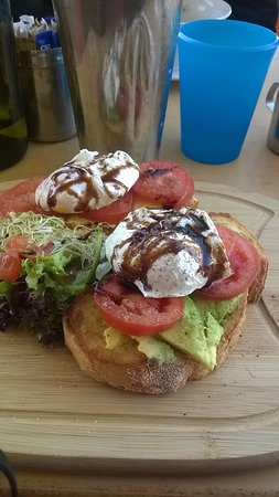 Coogee, Australien: Bruschetta with wood fire bread, divine!