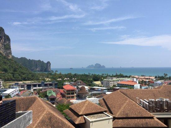 Aonang Cliff Beach Resort: photo1.jpg