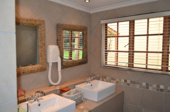 Edenvale, South Africa: French Room Bathroom