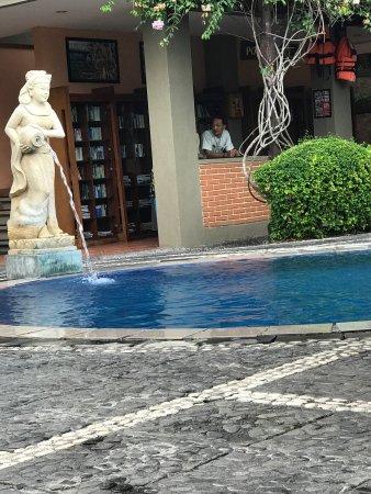 Adi Dharma Hotel : photo2.jpg