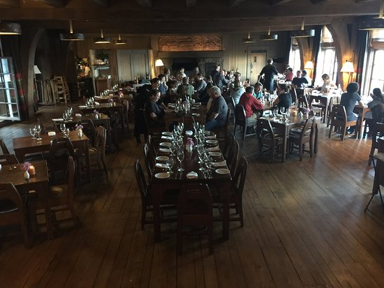 Timberline Lodge, OR: The dining room.