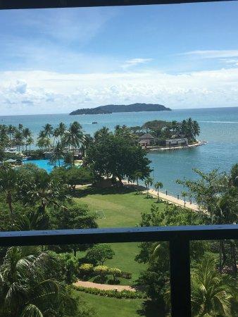 Shangri-La's Tanjung Aru Resort & Spa: Club Seaview Room