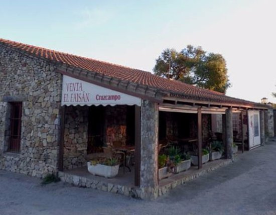Benalup-Casas Viejas, Spain: Fachada del Restaurante El Faisán