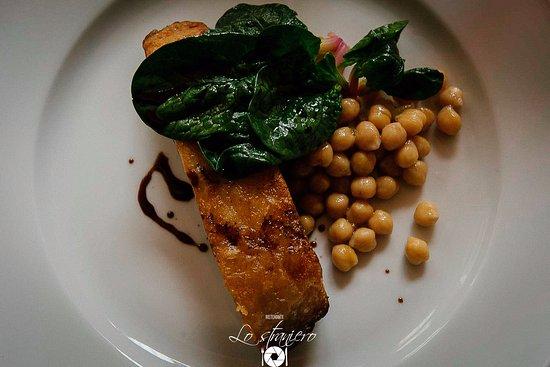 Petrignano, Itália: Guanciale al forno cotto a bassa temperatura con ceci e baslamico riserva