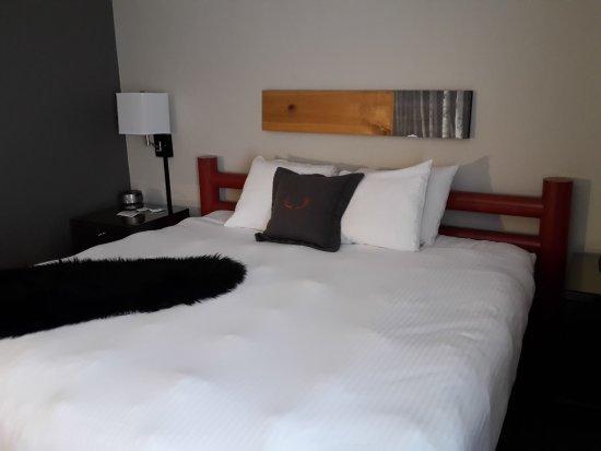 Adara Hotel: Bequemes Doppelbett
