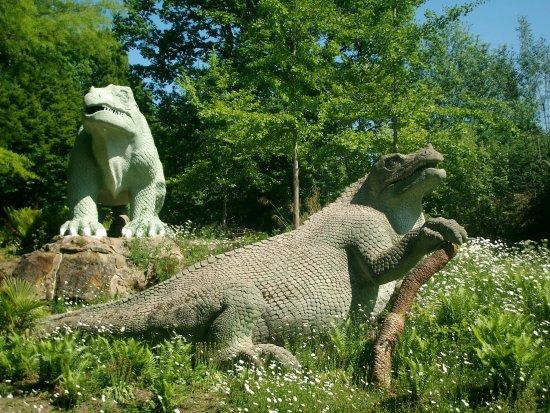Crystal Palace Park: Dinosaur Garden