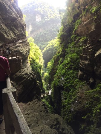 Wulong County, China: Absolutely amazing attraction. I am speechless with the beauty.