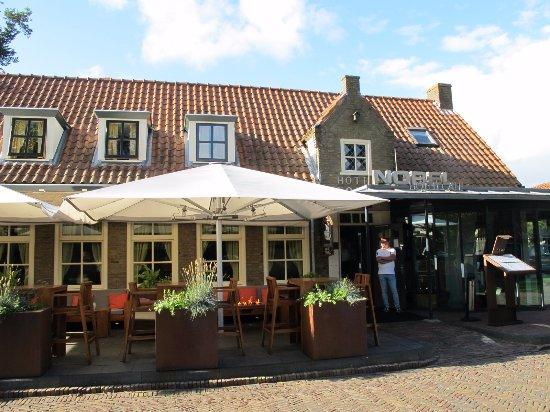 Ballum, هولندا: Frontside of the hotel