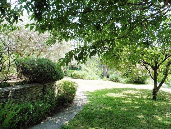Entrechaux, Frankrike: Les jardins