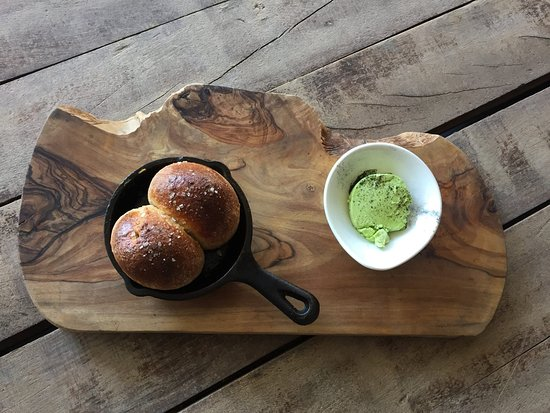 Wigmore, UK: Wild garlic butter and home made bread