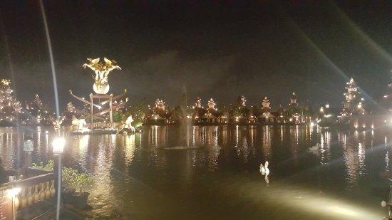 Racha Thewa, Thailand: 20170721_214000_large.jpg