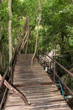 Tanote Villa Hill: Дорожка к пляжу