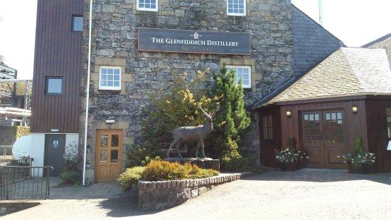Dufftown, UK: Distillery