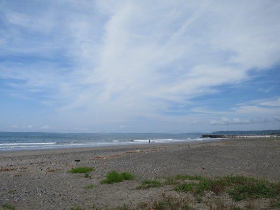 Makinohara, Jepang: 前浜海水浴場の西側