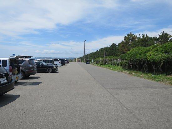 Makinohara, Jepang: 前浜海水浴場の駐車場