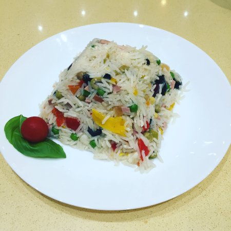 Enfield, UK: Rice salad, a typical Italian dish only for summer, you can enjoy every bit of it.Don't wait com