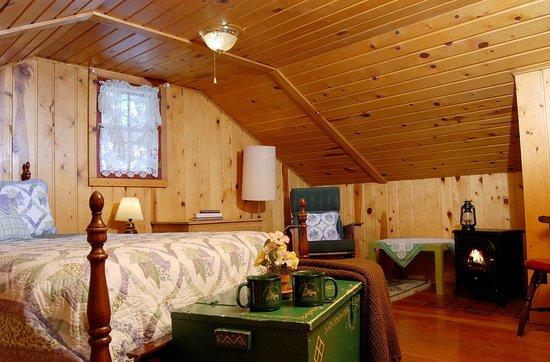 Cascade, Колорадо: Cottage bedroom/sitting room