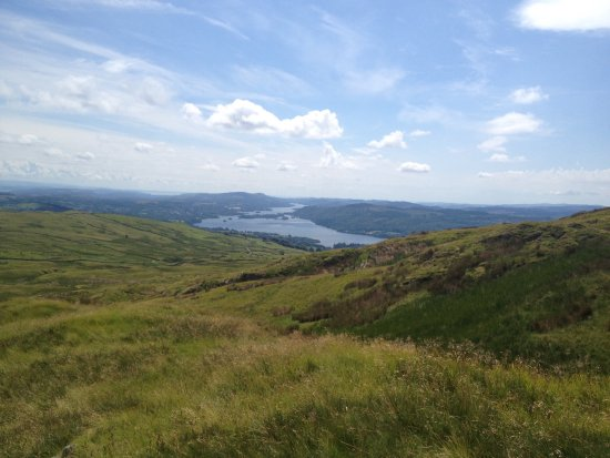 Ambleside, UK: On the walk up from Troutbeck