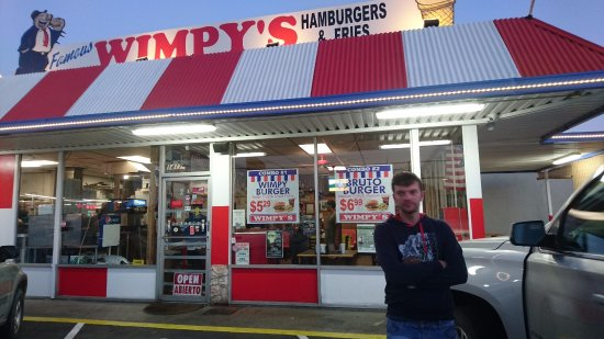 Тулар, Калифорния: benvenuti da Wimpy's !!